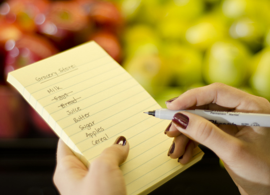 Customizable shopping list at Ed's Orchard Market